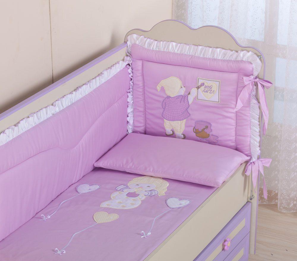 Как выбрать бельё в детскую кроватку?