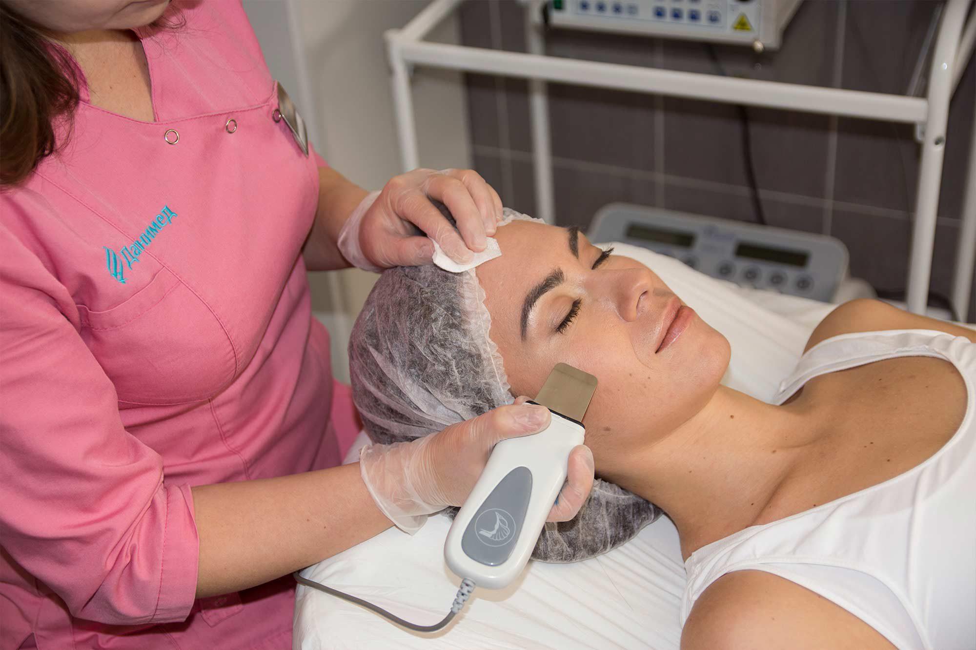 Что такое врачебная косметология?