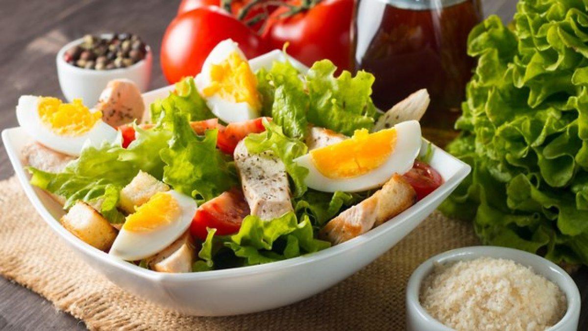Преимущества заказов салатов на дом