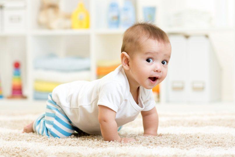Стоит ли покупать детскую одежду на вырост?