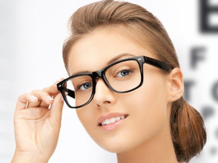 Подбираем оправу очков для зрения